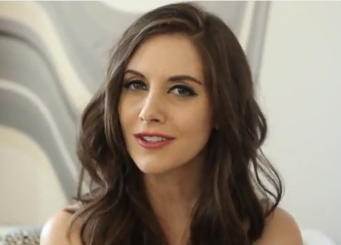 Personality ... MBTI Enneagram Alison Brie ... loading picture