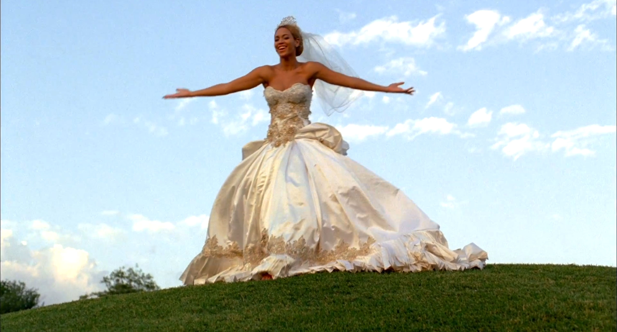 Beyoncs Fake Wedding Dress Could Be Yours Vulture