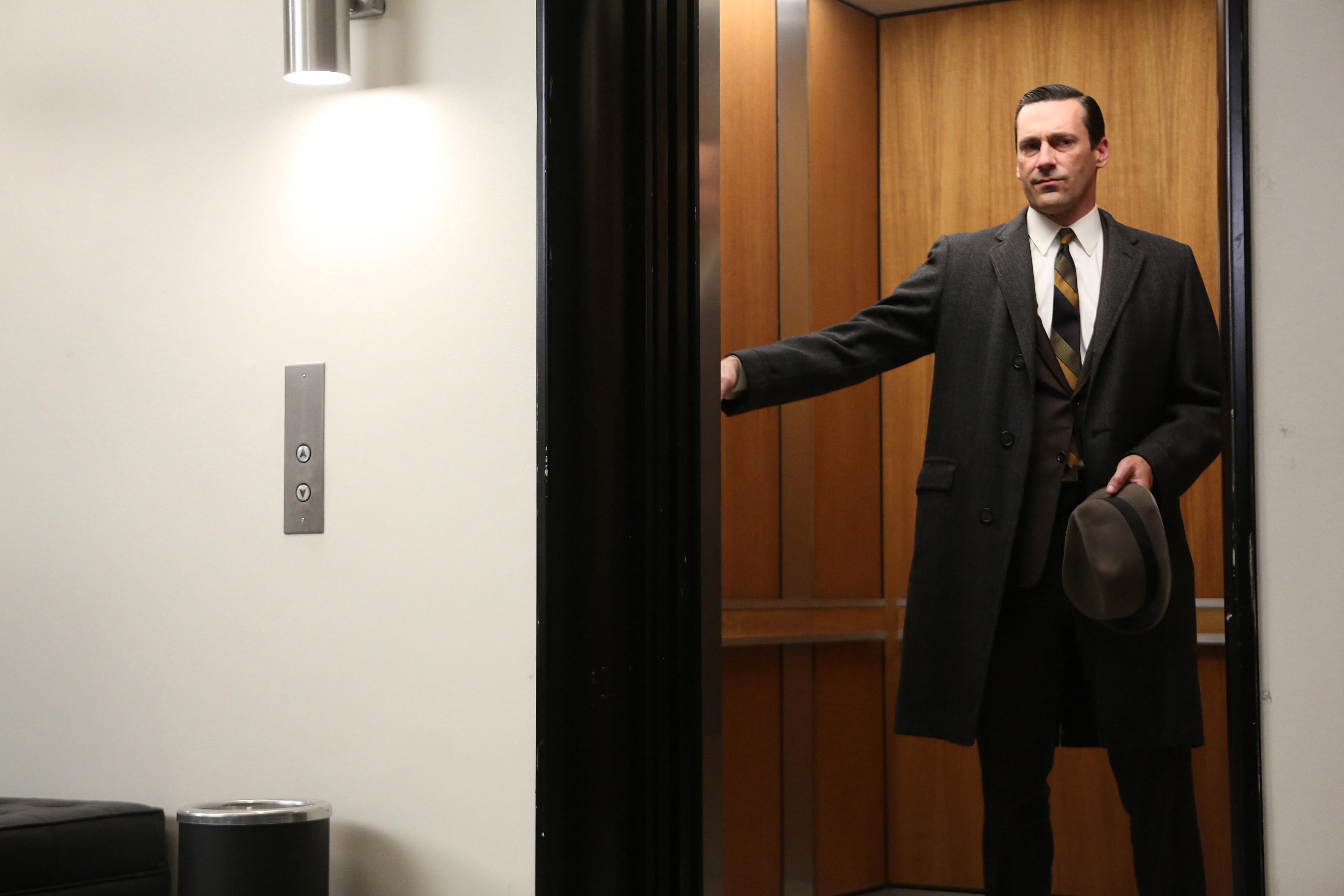 Don Draper Window : Matt zoller seitz looks back at mad men season vulture