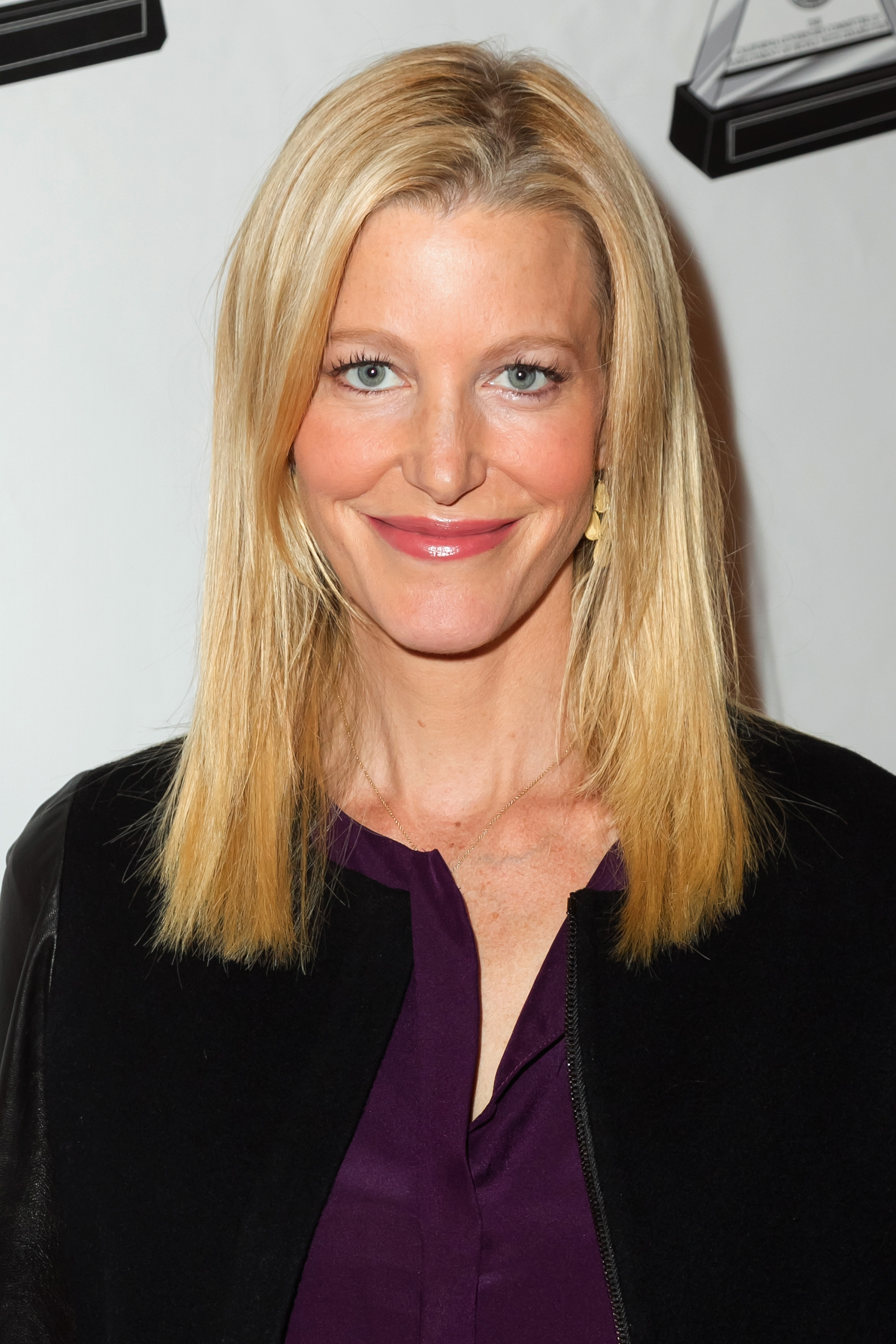 Anna Gunn Headed To The Mindy Project Vulture