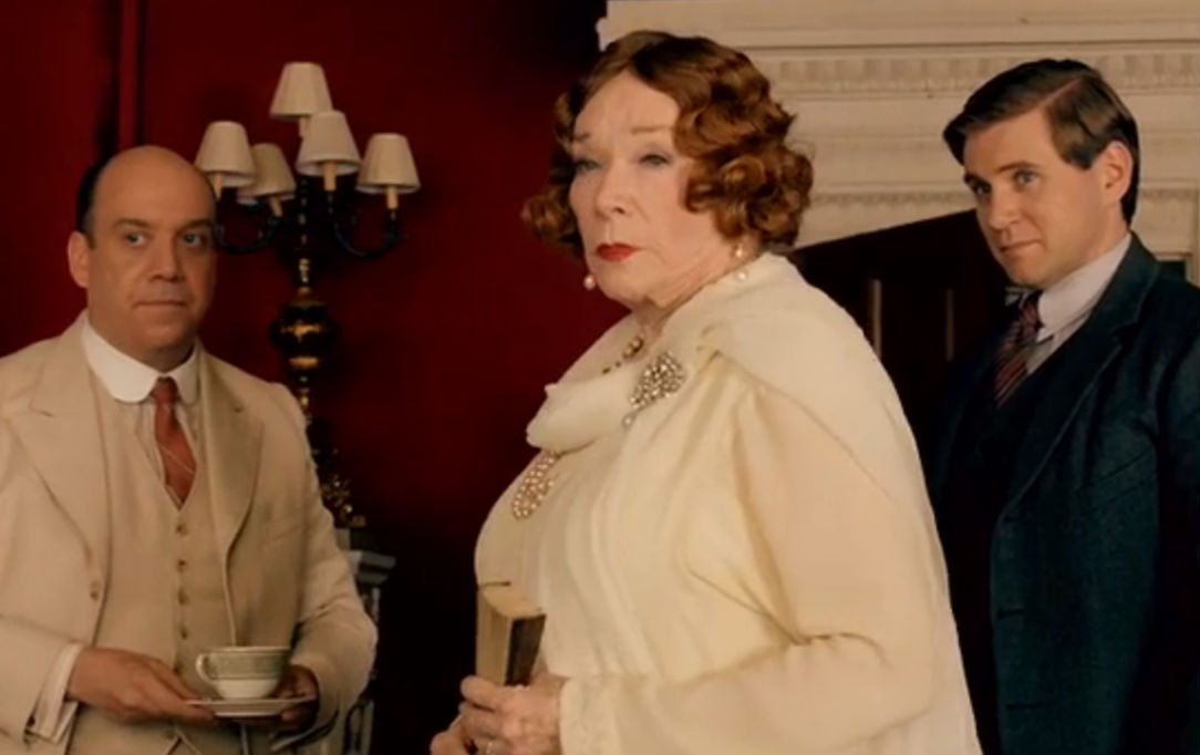 See the Downtown Abbey Christmas Special Teaser