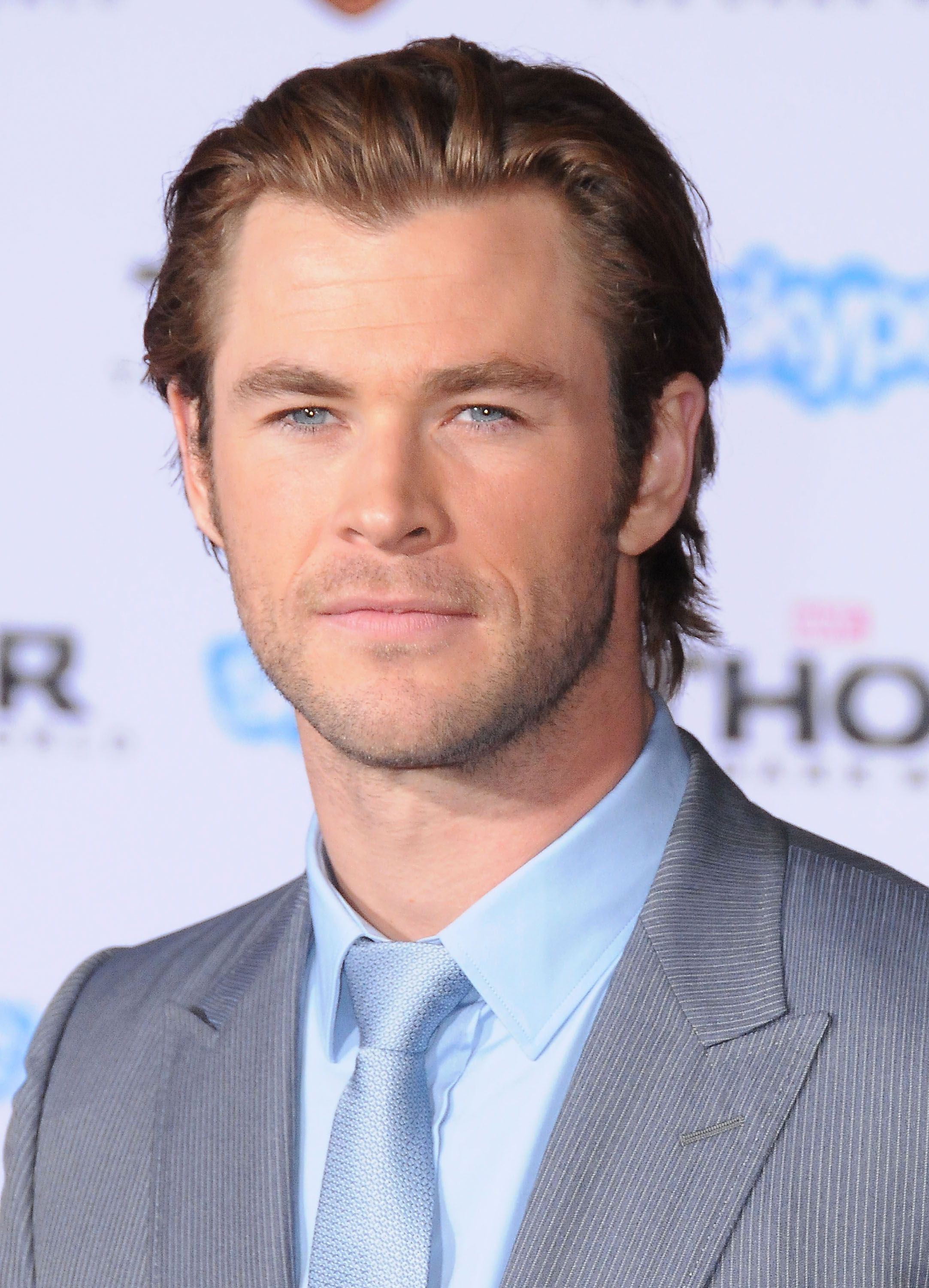 celebrities vulture chris hemsworth will announce the oscar nominees