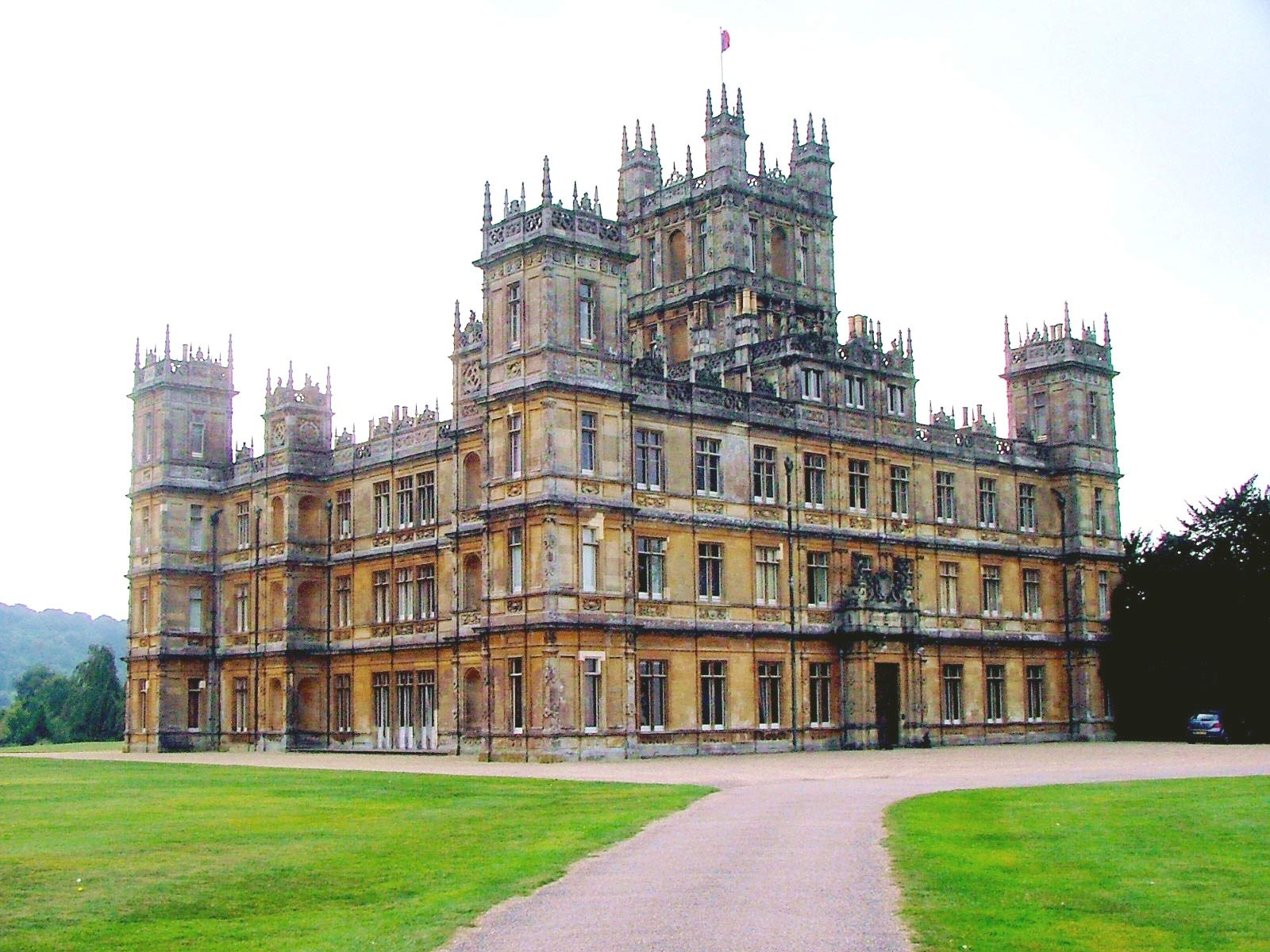 Everything we know about downton abbey season 5 vulture - Downton abbey chateau ...