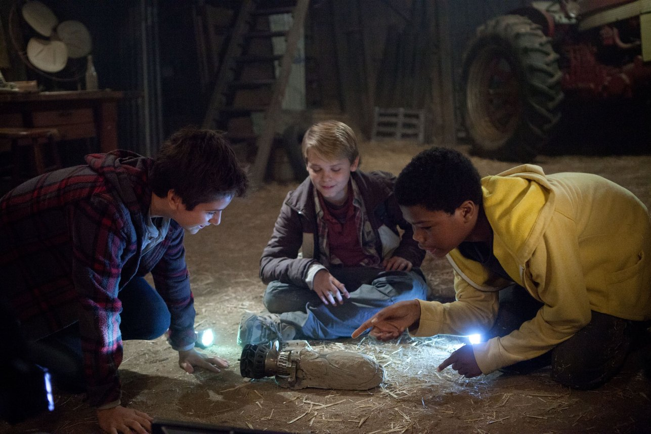 Earth to echo gets how hard it is to be a teen vulture