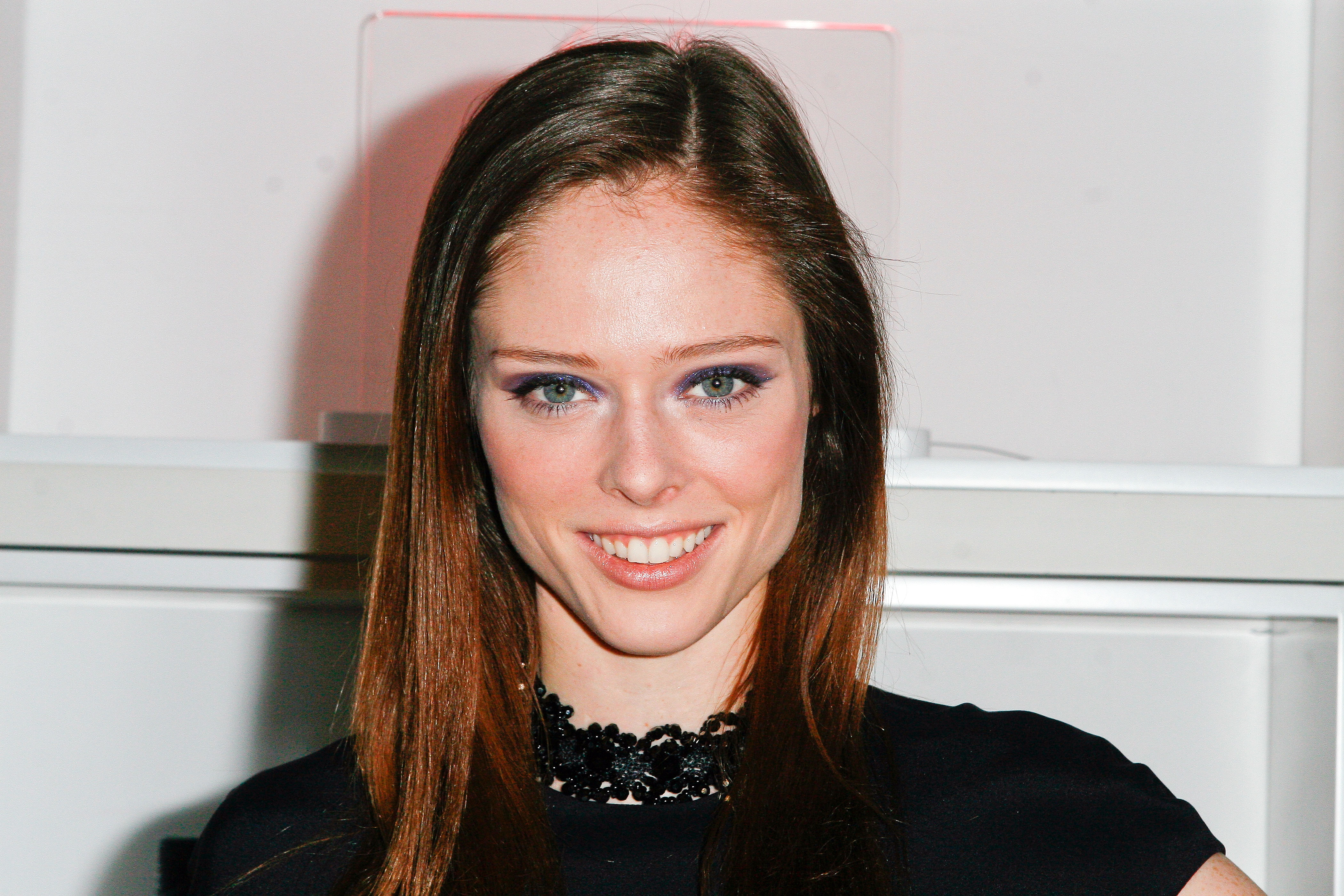Displaying 17> Images For - Coco Rocha Husband Jehovahs Witness
