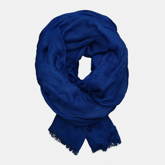 "$34 at <a href=""http://www.abercrombie.com/webapp/wcs/stores/servlet/ProductDisplay?catalogId=10901&storeId=10051&langId=-1&productId=1008465"">Abercrombie & Fitch</a>"