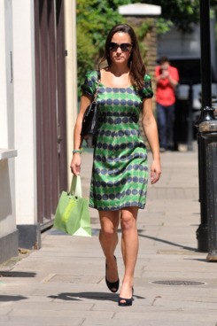 LONDON, UNITED KINGDOM - JULY 22: Pippa Middleton is seen out shopping on July 22, 2011 in London, England. (Photo by SAV/FilmMagic)
