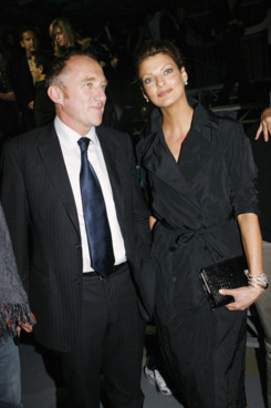 PARIS - OCTOBER 7:   Francois Henri Pinault and Linda Evangelista watches the Alexander McQueen show as part of Paris Fashion Week (Pret-a-Porter) Spring/Summer 2006 on October 7, 2005 in Paris, France. (Photo by Eric Ryan/Getty Images)