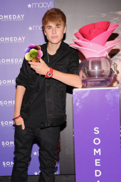 NEW YORK, NY - JUNE 23:  Musician Justin Bieber attends the Justin Bieber fragrance launch at Macy's Herald Square on June 23, 2011 in New York City.  (Photo by Jamie McCarthy/Getty Images)
