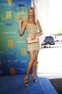 Celebrities pose in the Press Room at the 2011 Teen Choice Awards held at the Gibson Amphitheatre in Los Angeles, California.  <P> Pictured: Cameron Diaz <P><B>Ref: SPL303567  070811  </B><BR/> Picture by: Ciao Hollywood / Splash News<BR/> </P><P> <B>Splash News and Pictures</B><BR/> Los Angeles:310-821-2666<BR/> New York:212-619-2666<BR/> London:870-934-2666<BR/> photodesk@splashnews.com<BR/> </P>