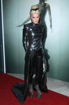 Daphne Guiness== Daphne Guinness Opening Reception== The Museum at FIT, New York== September 15, 2011== ?Patrick McMullan== Photo-JIMI CELESTE/patrickmcmullan.com==