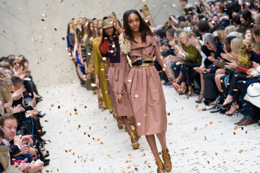 LONDON - SEPTEMBER 19:  Models walk the catwalk during the Burberry Prorsum Spring/Summer 2012 show at London Fashion Week at Kensington Gardens on September 19, 2011 in London, England. (Photo by Samir Hussein/Getty Images)