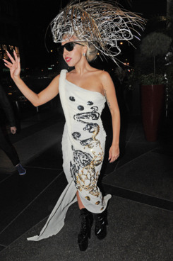 NEW YORK CITY, NY - SEPTEMBER 13:  Lady Gaga arrives at her hotel on September 13, 2011 in New York City, New York.  (Photo by Josiah Kamau/BuzzFoto/FilmMagic)