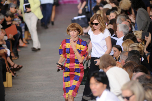 MILAN, ITALY - SEPTEMBER 25:  Editor-in-chief of Vogue America Anna Wintour at the end of the Missoni Spring/Summer 2012 fashion show as part Milan Womenswear Fashion Week on September 25, 2011 in Milan, Italy.  (Photo by Pier Marco Tacca/Getty Images)