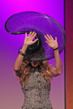 MELBOURNE, AUSTRALIA - NOVEMBER 02:  Sarah Jessica Parker wears a hat designed by Philip Treacy as she waves to the audience at the VRC Oaks Club Ladies Luncheon at Crown Palladium on November 2, 2011 in Melbourne, Australia.  (Photo by Scott Barbour/Getty Images)