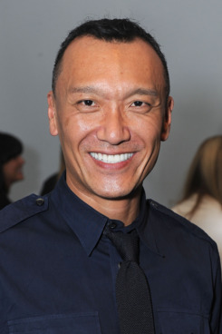 NEW YORK, NY - SEPTEMBER 13:  Elle Magazine creative director Joe Zee seen around Lincoln Center during Spring 2012 Mercedes-Benz Fashion Week on September 13, 2011 in New York City.  (Photo by Katy Winn/Getty Images for Mercedes-Benz Fashion Week)