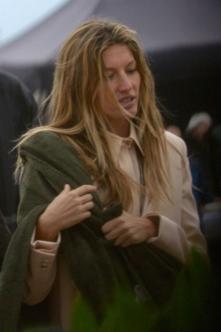 BARCELONA, SPAIN - NOVEMBER 21:  Gisele Bundchen attends a beach photoshoot for Givenchy on November 21, 2011 in Barcelona, Spain.  (Photo by Vincent Abos/WireImage)