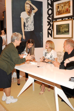 Anna Wintour andMichael Kors attend the Fashion's Night Out Kick-Off event at the Vogue Pop Up Boutique at Macy's Queens on September 10, 2009.