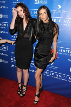 LOS ANGELES, CA - JANUARY 14:  Rumer Willis and Demi Moore attends the Cinema For Peace Event Benefiting J/P Haitian Relief Organization the at Montage Hotel on January 14, 2012 in Los Angeles, California.  (Photo by Steve Granitz/WireImage)