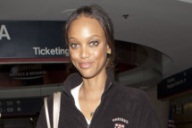 TV Personality and Super Model Tyra Banks was seen dressed in sweat pants and wearing a Harvard Business school sweater as she arrived at LAX on a flight from New York. <P> Pictured: Tyra Banks <P> <B>Ref: SPL338648  301111  </B><BR/> Picture by: SPW / Splash News<BR/> </P><P> <B>Splash News and Pictures</B><BR/> Los Angeles:310-821-2666<BR/> New York:212-619-2666<BR/> London:870-934-2666<BR/> photodesk@splashnews.com<BR/> </P>