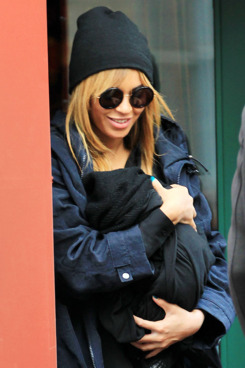 First candid shots of Beyonce and baby Blue Ivy Carter out and about in NYC, after having lunch at St. Ambroeus with Jay-Z. After eating for only 30 minutes, they left the restaurant. <P> Pictured: Beyonce and daughter, Blue Ivy Carter <P> <B>Ref: SPL364585  250212  </B><BR/> Picture by: Jackson Lee / Splash News<BR/> </P><P> <B>Splash News and Pictures</B><BR/> Los Angeles:	310-821-2666<BR/> New York:	212-619-2666<BR/> London:	870-934-2666<BR/> photodesk@splashnews.com<BR/> </P>