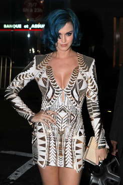 Katy Perry went to see some friends at Les Invalides before going to La Maison du Caviar for a party.