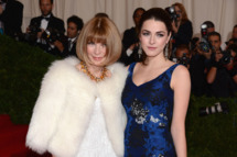 "NEW YORK, NY - MAY 07:  Editor-in-Chief of Vogue Anna Wintour and Bee Shaffer attend the ""Schiaparelli And Prada: Impossible Conversations"" Costume Institute Gala at the Metropolitan Museum of Art on May 7, 2012 in New York City.  (Photo by Dimitrios Kambouris/Getty Images)"