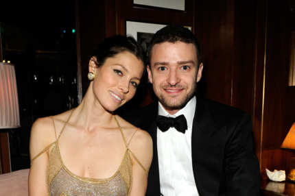 Jessica Biel and Justin Timberlake  attend the 2011 Vanity Fair Oscar Party Hosted by Graydon Carter at the Sunset Tower Hotel on February 27, 2011 in West Hollywood, California.