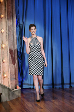 LATE NIGHT WITH JIMMY FALLON -- Episode 670 -- Pictured: Anne Hathaway