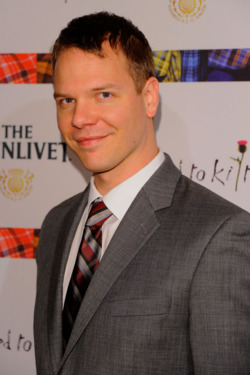 Jim Parrack on True Blood Nude Scenes and His BFF James Franco