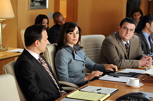 """The Death Zone""--When Alicia's (Julianna Margulies) case is retried in British court via satellite, she and Will (Josh Charles, left) enlist barrister Timothy Ash Brannon (Simon Delaney, right) as their co-council, on THE GOOD WIFE, Sunday, Oct. 2 (9:00-10:00 PM, ET/PT) on the CBS Television Network. Photo: David M. Russell/CBS ?2011 CBS Broadcasting Inc. All Rights Reserved."