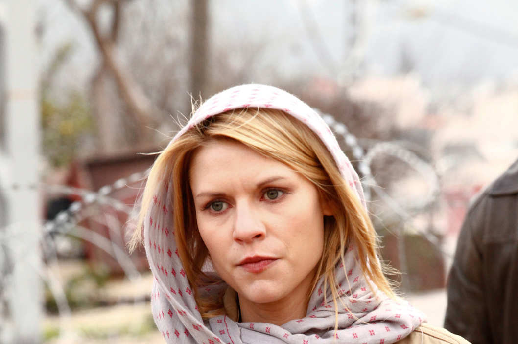 Claire Danes as Carrie Anderson in Homeland - Photo: Ronen Akerman/SHOWTIME - Photo ID: homeland_100_5323p