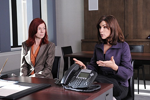 """Executive Order #13224""– When Alicia (Julianna Margulies, right) is forced to report to a government monitor regarding her new case, she hires lawyer Elsbeth Tascioni (Carrie Preston, left) to protect her own rights, on THE GOOD WIFE, Sunday, Nov. 6 (9:00-10:00 PM ET/PT) on the CBS Television Network. Photo: David M. Russell/CBS ?2011 CBS Broadcasting, Inc. All Rights Reserved"