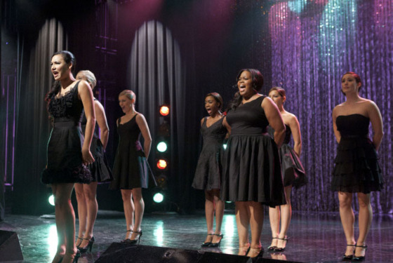 GLEE: Santana (Naya Rivera, L) and Mercedes (Amber Riley, R) perform the 300th musical performance of GLEE in the &amp;quot;Mash Off&amp;quot; episode airing Tuesday, Nov. 15 (8:00-9:00 PM ET/PT on FOX. &amp;#xa9; Fox Broadcasting Co. Cr: Adam Rose/FOX