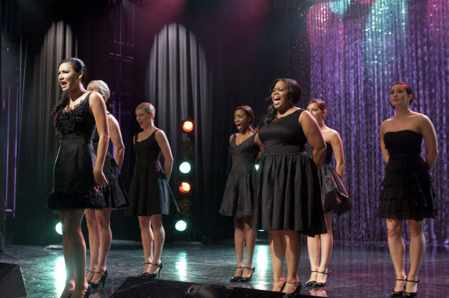 "GLEE: Santana (Naya Rivera, L) and Mercedes (Amber Riley, R) perform the 300th musical performance of GLEE in the ""Mash Off"" episode airing Tuesday, Nov. 15 (8:00-9:00 PM ET/PT on FOX. © Fox Broadcasting Co. Cr: Adam Rose/FOX"