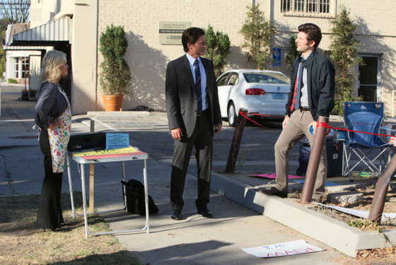 "PARKS AND RECREATION -- ""The Smallest Park"" Episode 408 -- Pictured: (l-r) Amy Poehler as Leslie Knope, Rob Lowe as Chris Traeger, Adam Scott as Ben Wyatt -- Photo by: Danny Feld/NBC"