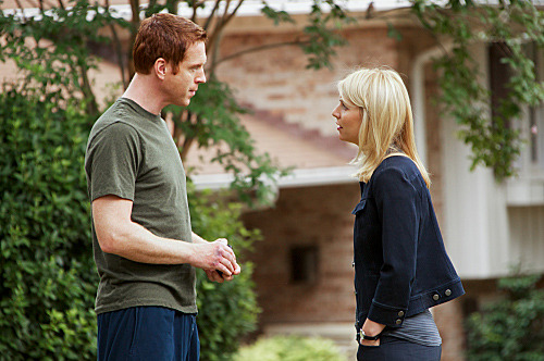 "Damian Lewis as Nicholas ""Nick"" Brody and Claire Danes as Carrie Mathison in Homeland (episode 8)."