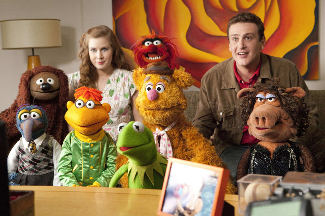 "THE MUPPETS""  AND YOU THINK YOU HAVE STRANGE MEETINGS – KERMIT THE FROG is joined by Mary (AMY ADAMS) Gary (JASON SEGEL) and a whole gang of Muppets as they search for a way to save the day in THE MUPPETS (Opening in theatres on November 23rd).  Ph: Patrick Wymore  ?Disney Enterprises, Inc. All Rights Reserved."