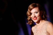 MILAN, ITALY - SEPTEMBER 25:  Actress Scarlett Johansson attends the Dolce & Gabbana Spring/Summer 2012 fashion show as part Milan Womenswear Fashion Week on September 25, 2011 in Milan, Italy.  (Photo by Vittorio Zunino Celotto/Getty Images)
