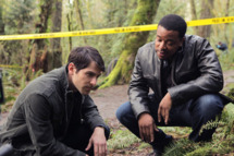 GRIMM -- Pilot -- Pictured: (l-r)David Giuntoli as Nick Burckhardt, Russell Hornsby as Hank Green -- Photo by: Scott Green/NBC
