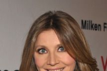 HOLLYWOOD, CA - SEPTEMBER 10:  Actress Sarah Chalke arrives at Elyse Walker Presents Pink Party '11 Hosted By Jennifer Garner To Benefit Cedars-Sinai Women's Cancer Program at Drai's Hollywood on September 10, 2011 in Hollywood, California.  (Photo by John Shearer/Getty Images for Pink Party)