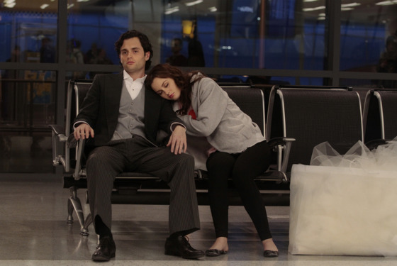 """THE BACKUP DAN"" GOSSIP GIRL Pictured (L-R)   Penn Badgley as  Dan Humphrey and Leighton Meester as Blair Waldorf  PHOTO CREDIT:  GIOVANNI RUFINO/THE CW © 2011 THE CW Network, LLC."