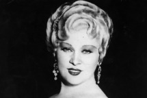 American film actress & sex symbol, Mae West