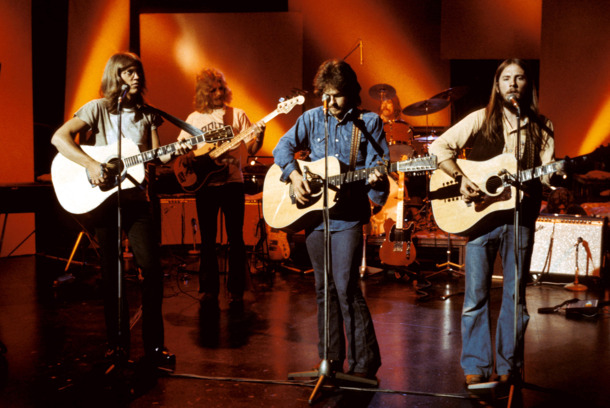 UNITED KINGDOM - APRIL 30:  BBC STUDIO  Photo of Dan PEEK and David DICKEY and Gerry BECKLEY and Dewey BUNNELL and AMERICA, L-R: Gerry Beckley, David Dickey, Dan Peek, Dewey Bunnell - performing on TV show  (Photo by David Warner Ellis/Redferns)