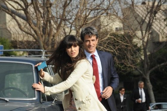 NEW GIRL:  Russell (guest star Dermot Mulroney, R), the wealthy father of one of Jess' (Zooey Deschanel, L) students, helps her when her car brea