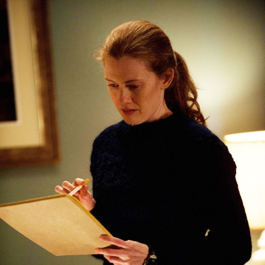 Sarah Linden (Mireille Enos) - The Killing - Season 2, Episode 1 - Photo credit: Carole Segal/AMC