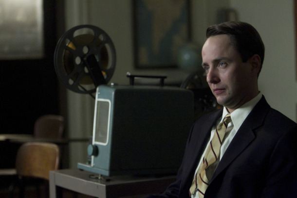 Pete Campbell (Vincent Kartheiser) - Mad Men - Season 5, Episode 5 - Photo Credit: Jordin Althaus/AMC