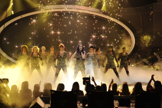 AMERICAN IDOL: Katy Perry performs on AMERICAN IDOL airing Thursday, April 26 (8:00-9:00 PM ET/PT) on FOX.