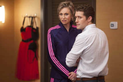 "GLEE: Sue (Jane Lynch, L) and Will (Matthew Morrison, R) prep the kids for Nationals in the second hour of a special two-hour ""Props/Nationals"" episode of GLEE airing Tuesday, May 15 (8:00-10:00 PM ET/PT) on FOX."