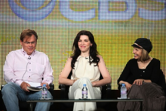 """PASADENA, CA - AUGUST 3: (L-R) Executive Producer Robert King, actress Julianna Margulies and Executive Producer/Creator Michelle King of the television show """"The Good Wife"""" speak during the CBS Network portion of the 2009 Summer Television Critics Association Press Tour at The Langham Huntington Hotel & Spa on August 3, 2009 in Pasadena, California.  (Photo by Frederick M. Brown/Getty Images) *** Local Caption *** Julianna Margulies;Robert King;Michelle King"""